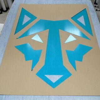 Pleksiklaasist laserlõigatud logo Wolfprindile